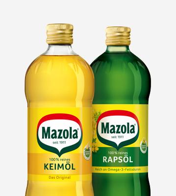Keimöl und Rapsöl-Flaschen